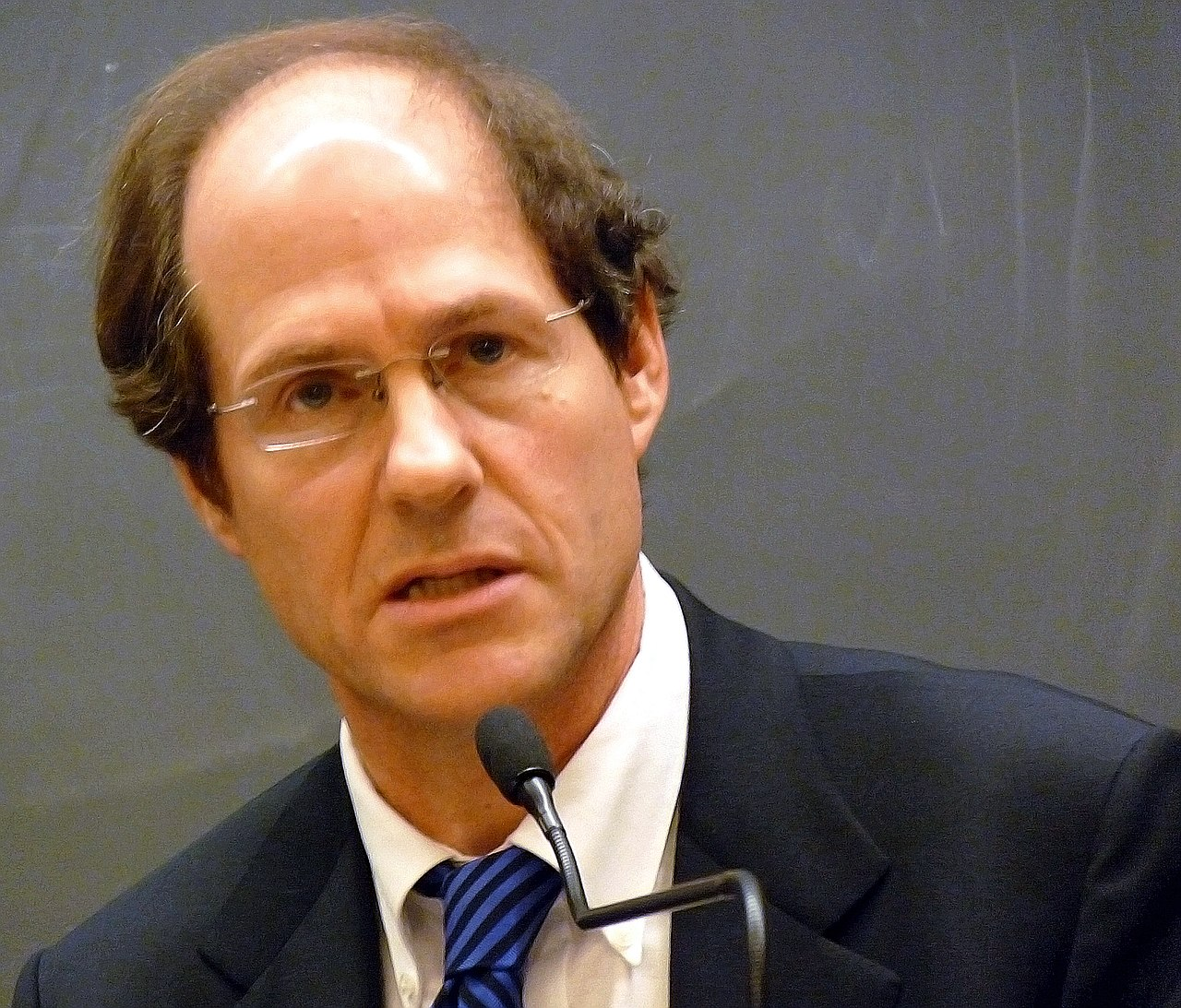 Progressives Vehemently Object To Cass Sunstein's Plans To Return To Government