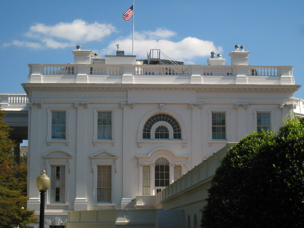 Toward a Conflict-of-Interest-Free West Wing